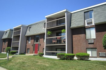 140 Cronin Road 1-3 Beds Apartment for Rent Photo Gallery 1